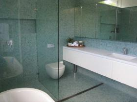 Recycled Glass – 3119403
